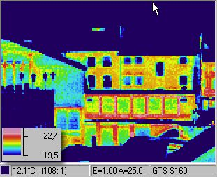 Infrarouge image / thermographic foto / thermal picture: houses in Aachen